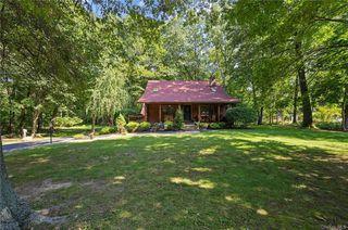 36 Old Mill Rd, Wallkill, NY 12589
