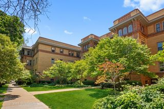 311 W Belden Ave #A2, Chicago, IL 60614
