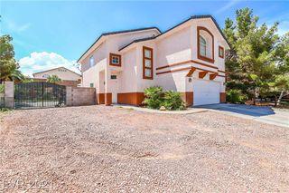 7401 Flat Rock St, Las Vegas, NV 89131