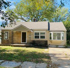 1447 S Lulu Ave, Wichita, KS 67211