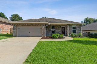 511 Grandridge Dr, Crestview, FL 32539