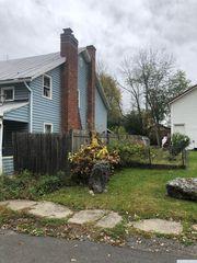 14 Whitbeck St, Coxsackie, NY 12051
