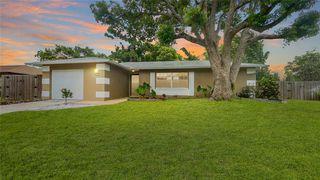 5229 N Woodcrest Dr, Winter Park, FL 32792