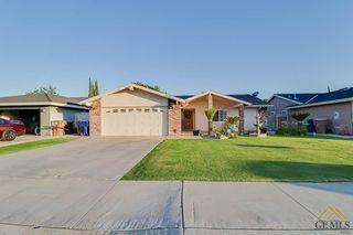1813 Chastain Way, Bakersfield, CA 93304