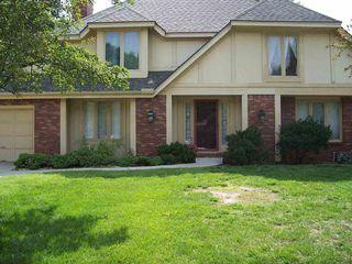 8510 E Overbrook St, Wichita, KS 67206
