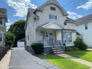 554 Morgan St #L-410, Dickson City, PA 18519