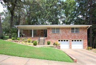 8108 Evergreen Dr, Little Rock, AR 72227