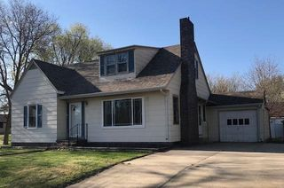 954 9th St, Westbrook, MN 56183