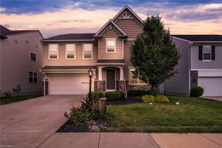 17062 Woodshire Dr, Strongsville, OH 44149