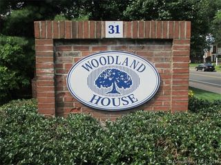 31 Woodland St #4J, Hartford, CT 06105