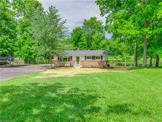1353 Meadowbrook Blvd, Stow, OH 44224