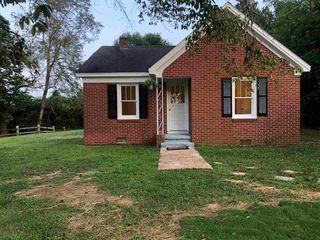 1035 W Main St, Henderson, TN 38340
