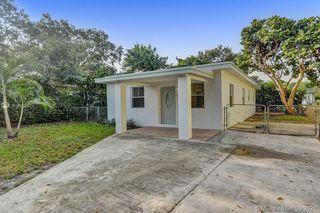 1588 NE 153rd Ter, Miami, FL 33162