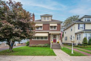 1713 Wyoming Ave, Forty Fort, PA 18704