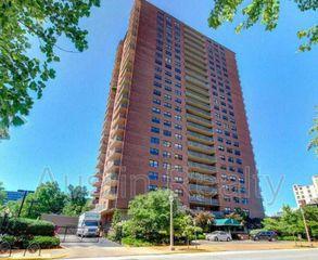 4466 W Pine Blvd #20A, Saint Louis, MO 63108