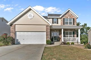 6732 Eagles View Dr, Pacific, MO 63069