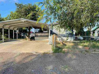 1007 Elm St, Zapata, TX 78076