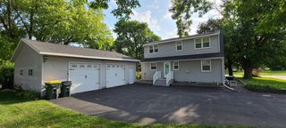 550 3rd St E, Hector, MN 55342