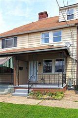 34 Riverside Ct, Pittsburgh, PA 15238