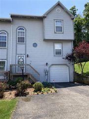 135 Villa Dr, Pittsburgh, PA 15214