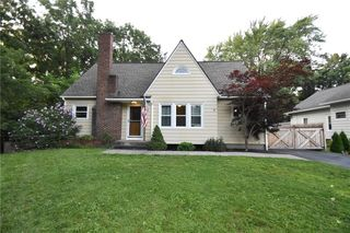 66 Fairholm Dr, Rochester, NY 14624