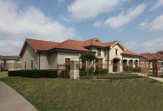 1605 N Houston School Rd, Lancaster, TX 75134