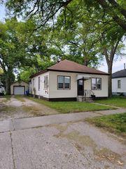 1307 Cleveland Ave, Charles City, IA 50616