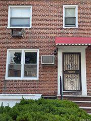 53-38 194th St, Fresh Meadows, NY 11365