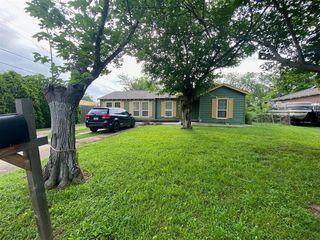 426 NE 35th St, Grand Prairie, TX 75050