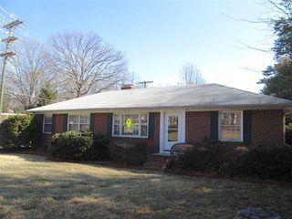 806 N Josephine Boyd St, Greensboro, NC 27408