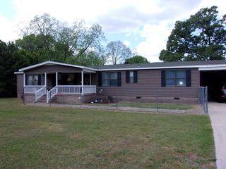 2000 Pinewood Rd, Sumter, SC 29154