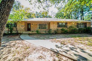 2816 Foxcroft Cir, Denton, TX 76209
