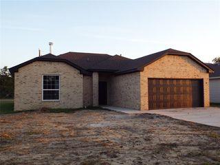 400 Colony St, Rising Star, TX 76448