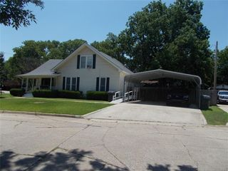 803 6th Ave NW, Ardmore, OK 73401