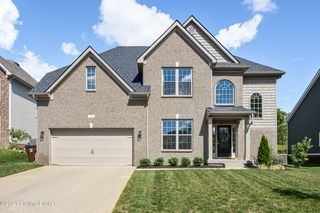 535 Wooded Falls Rd, Middletown, KY 40243