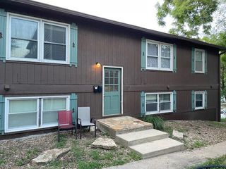 1135 Tennessee St, Lawrence, KS 66044