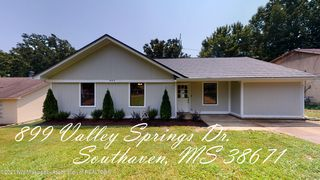 899 Valley Springs Dr, Southaven, MS 38671