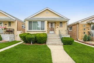 6054 S Mayfield Ave, Chicago, IL 60638