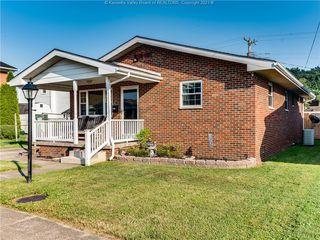 4013 Van Sant St, Huntington, WV 25704