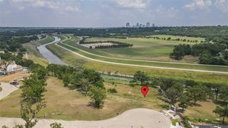 225 Clementine Ct, Fort Worth, TX 76114