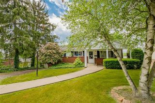 3161 Vermont Dr, Lower Burrell, PA 15068