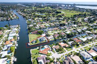 648 Riverside Rd, North Palm Beach, FL 33408