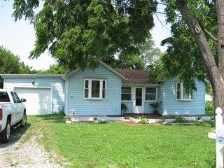 919 Sinclair Ave, South Roxana, IL 62087