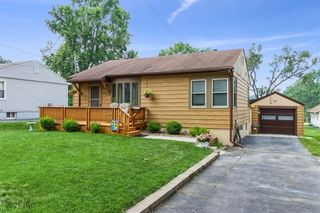 2661 Wisconsin Ave, Des Moines, IA 50317