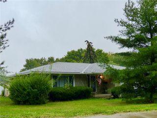 1887 Rockside Rd, Seven Hills, OH 44131