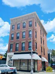 143 Berry St #MX, Brooklyn, NY 11249