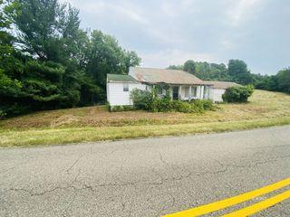 2082 Buckeye Hills Rd, Thurman, OH 45685