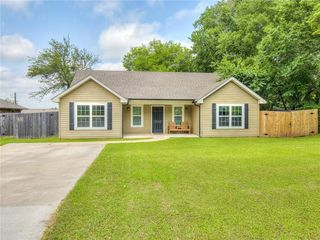 711 N 4th Ave, Purcell, OK 73080