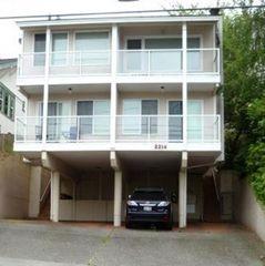 2214 14th Ave W #1, Seattle, WA 98119