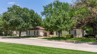 1621 4th Ave SW, Ardmore, OK 73401
